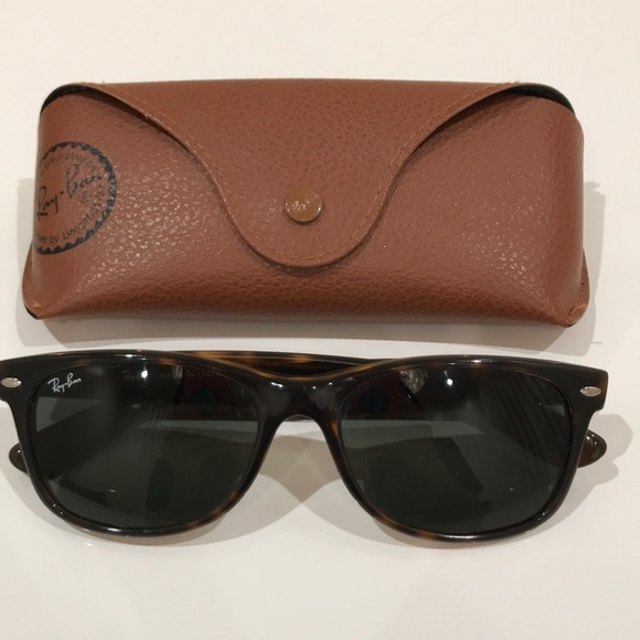551cb914c2 Ray Ban RB2132 New Wayfarer with original case. M 5a6ea1325521be45f92a5859